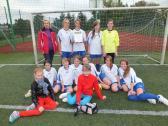 I miejsce drużyny piłkarskiej dziewcząt z Zespołu Szkół w Opatowcu