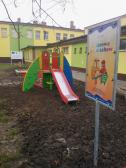 Nowe place zabaw w Opatowcu i Krzczonowie