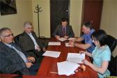 Podpisanie umów na remonty kolejnych dróg gminnych