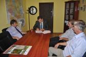 Umowa na remont drogi gminnej w Opatowcu podpisana